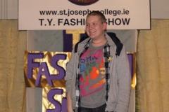 fashion show 1 800